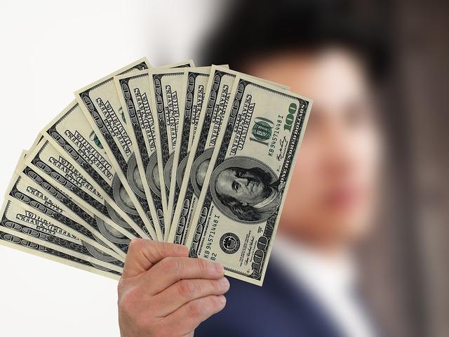 pénzt keres megtakarítás meggazdagodik