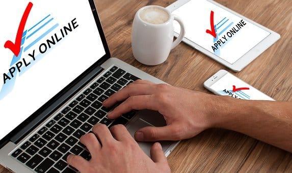 számítógép kereskedéshez keresetek az internetes oldalakon