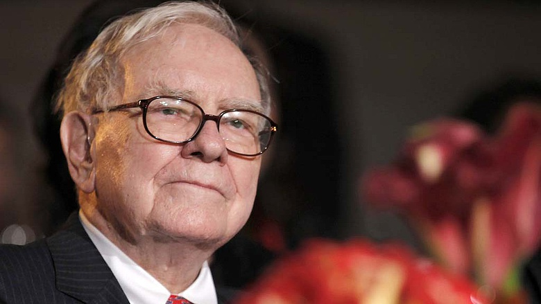 befektet-e Warren Buffett bitcoinokba