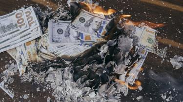 hogy a válság hogyan keresett pénzt