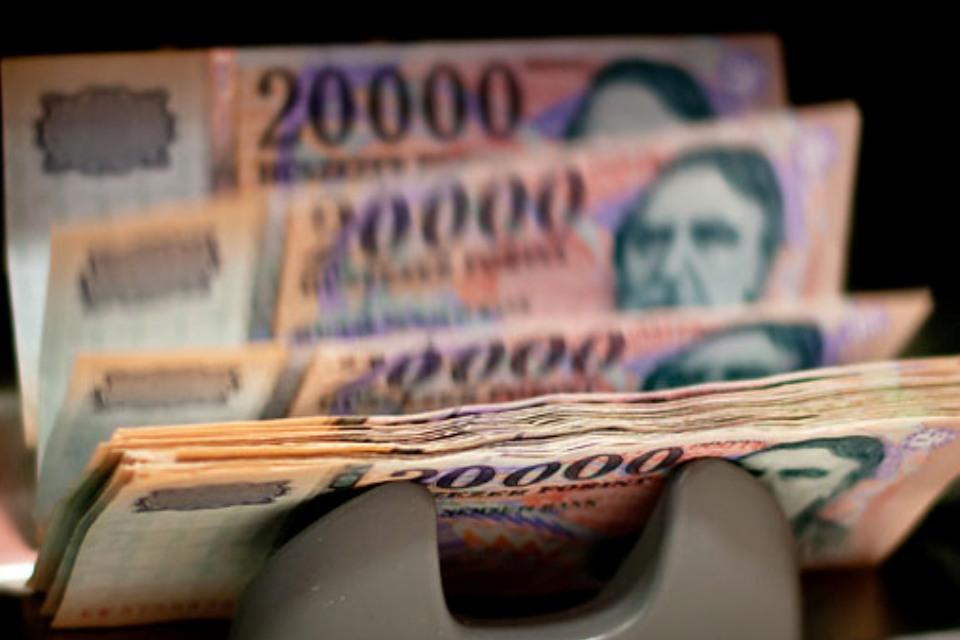 pénzt keresni pénzből