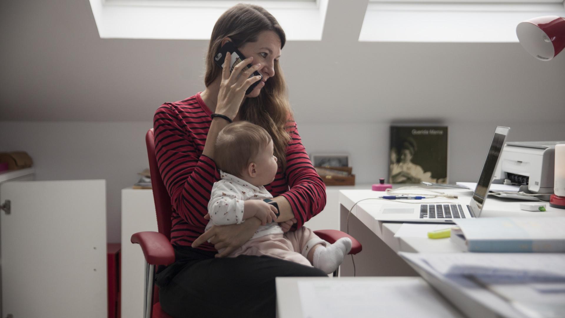 Kisgyerekes anya ne dolgozzon! Ebben a témában fényévekre vagyunk a nyugattól