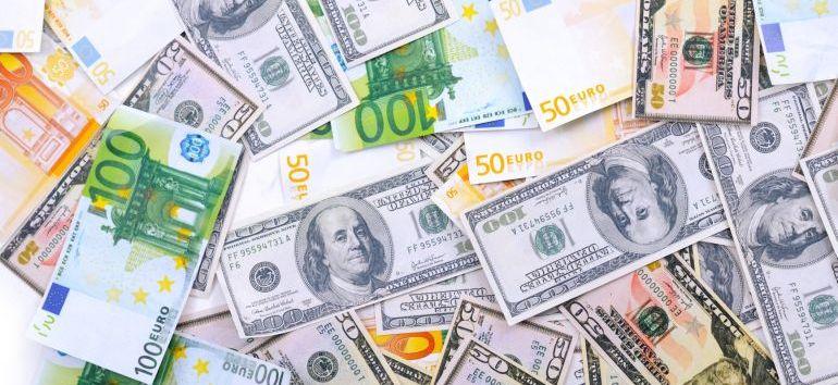 hogyan lehet pénzt keresni az internet terjesztésével különbség az opciók és az opciók között