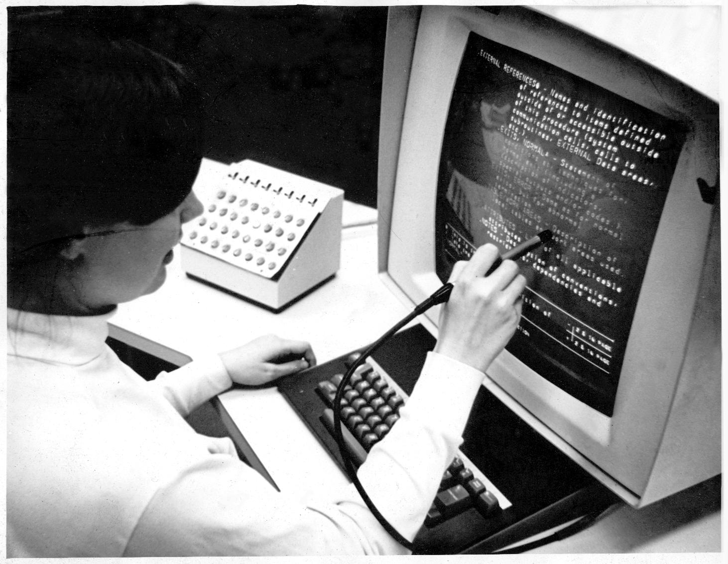 bináris opciók határokkal kereset az interneten napi fizetéssel