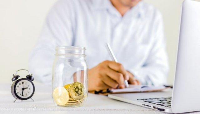 lehet pénzt keresni a munkahelyen a bináris opciók optimális ideje