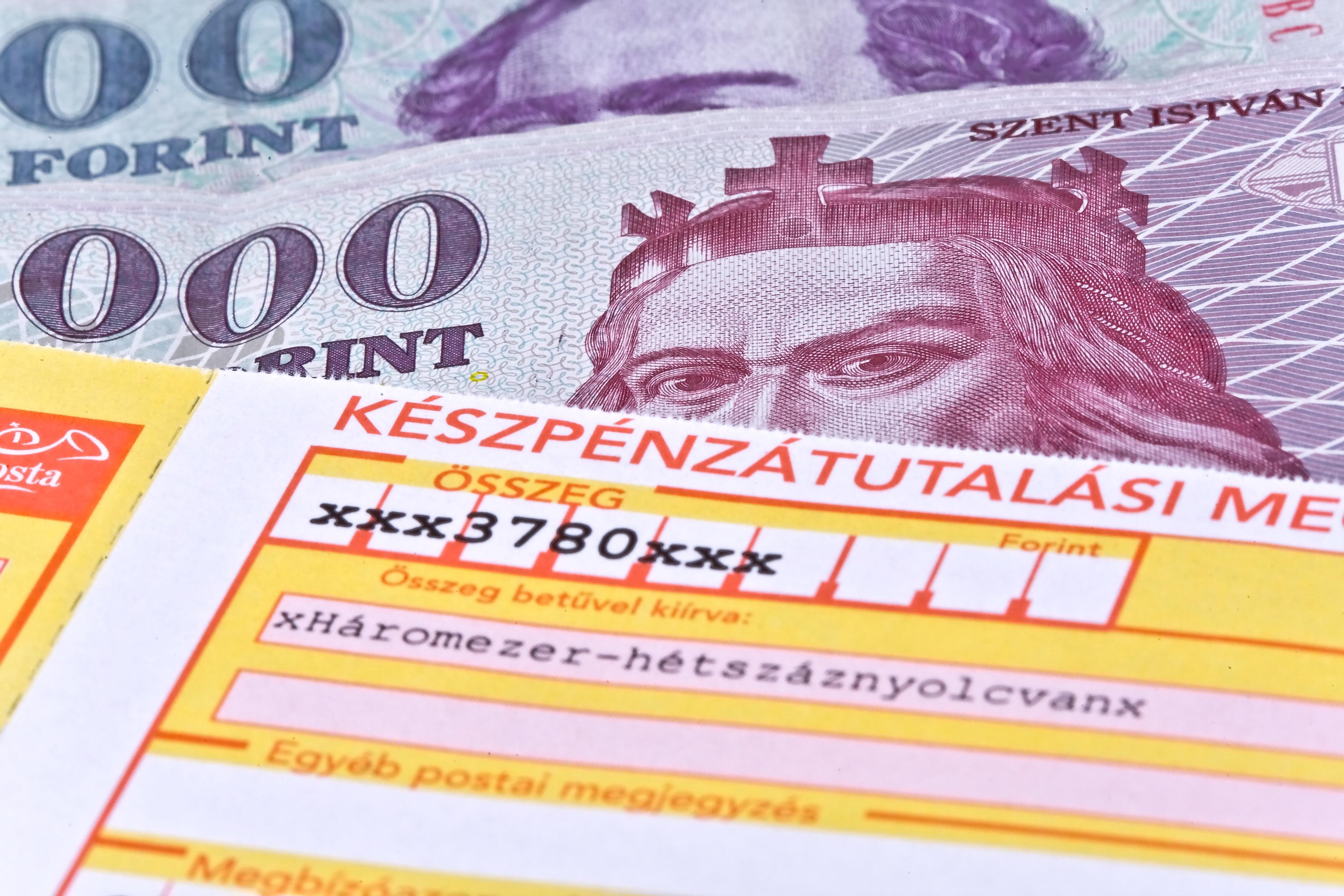 fehér pénz az interneten