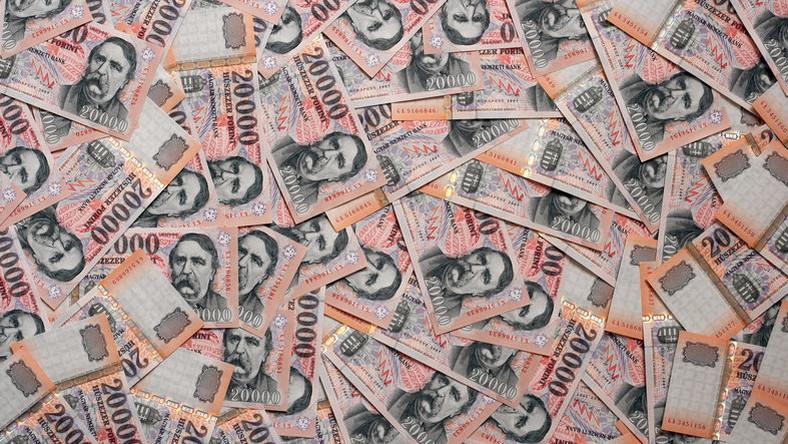 hogyan kereshet pénzt a nyugdíjas online másolás tranzakciók jövedelem kereskedő