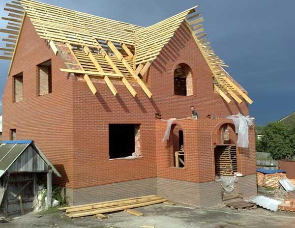 mennyit kell keresnie a ház építéséhez kereskedelmi hírek
